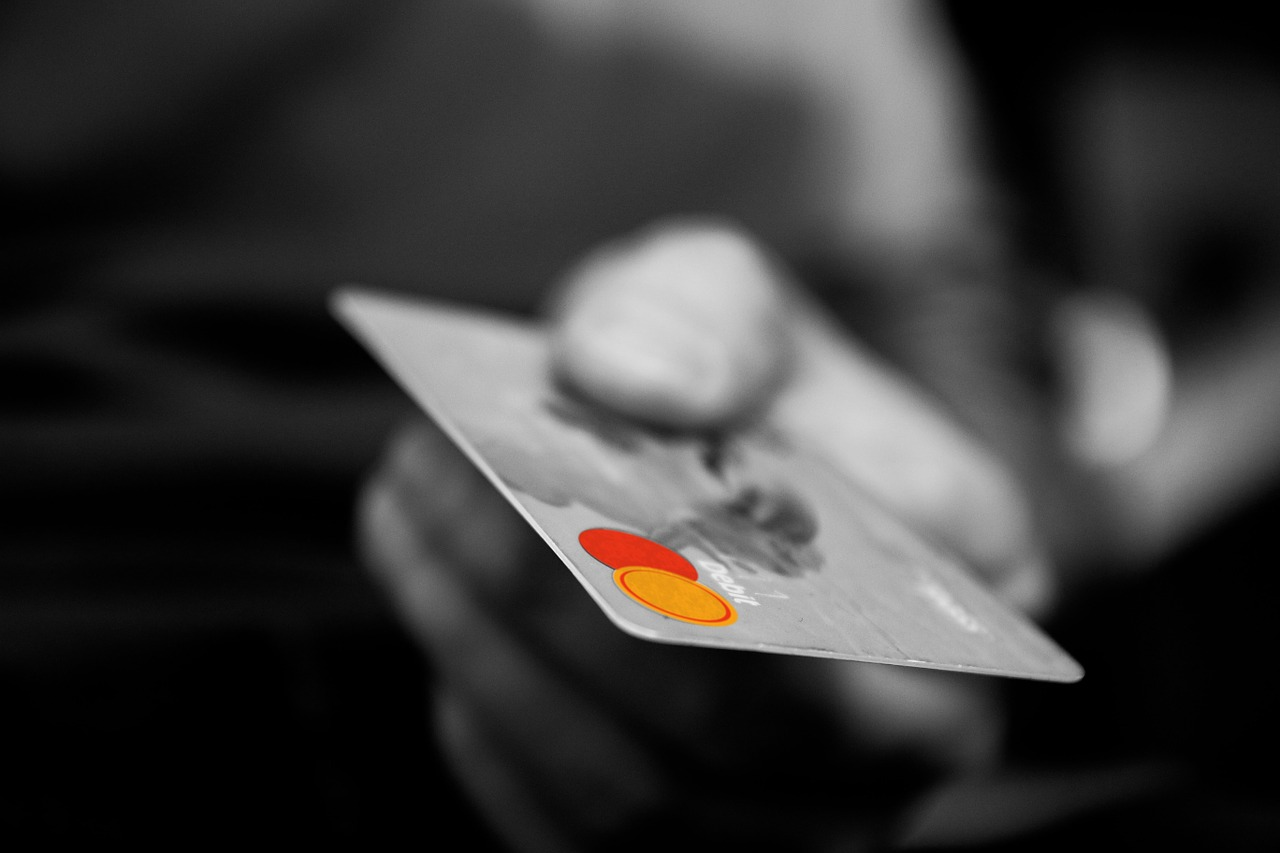 Karta kredytowa jako elastyczny kredyt biznesowy — sprawdź to rozwiązanie!
